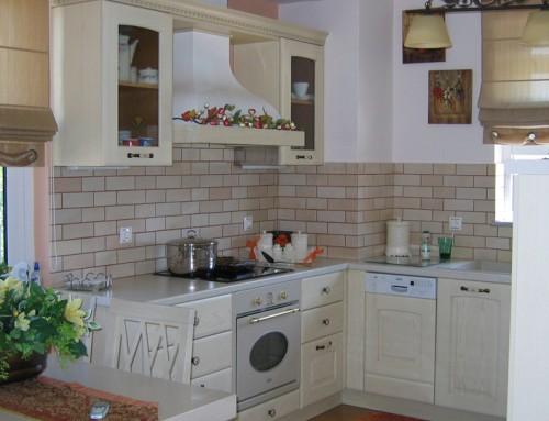 Kλασική κουζίνα με πατίνα